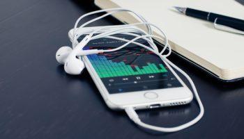 Подробная инструкция как скачать музыку, видео, фото и документы на любой iPhone